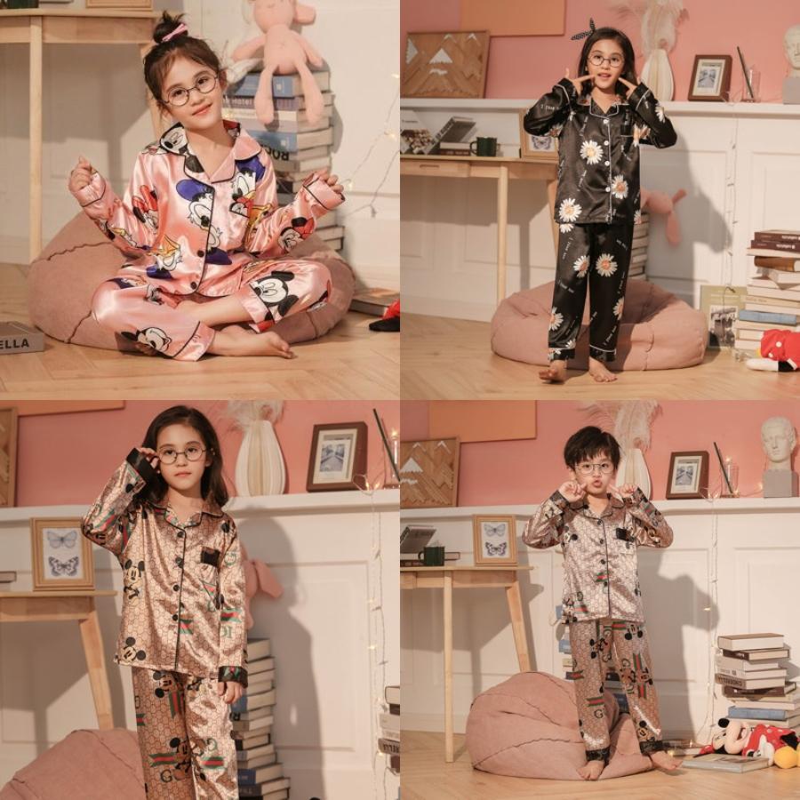 Hot Lettera Seta Pajamas Set Designer Coppia stampata fiore Sleepwear lusso morbida camicia da notte Ottimizzata traspirante Pigiama donna uomini caldi S # 510