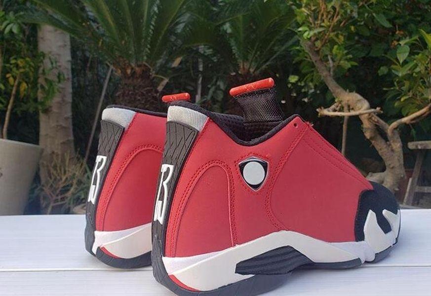 Jumpman 14 Palestra Red 2020 nuovi uomini dei pattini di pallacanestro del progettista della scarpa da tennis 14s Nero Bianco Mens Preparatore Atletico sport con la scatola
