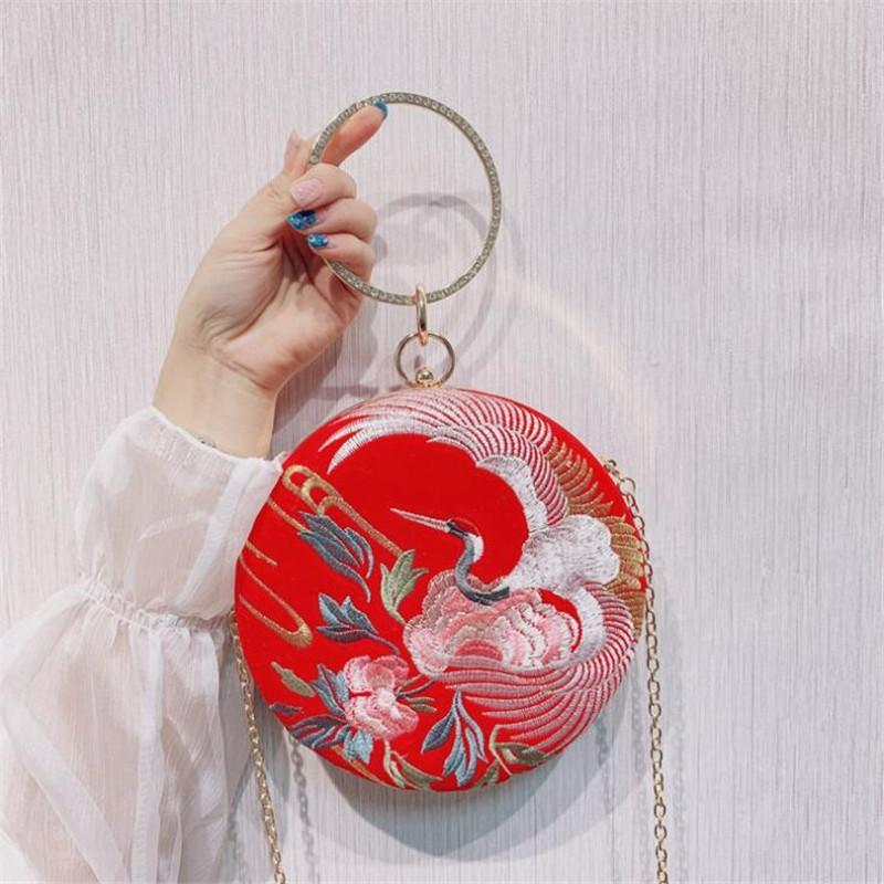 2020 Frauen Stickerei rund geformte Handtaschen Diamant Händels Mini Bankett Mappen Versand Hochzeitsmahl Taschen fallen