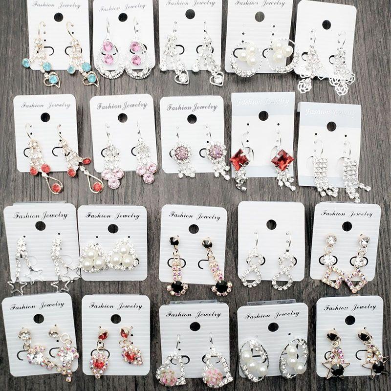 Kulak delikleri kulak klipler moda elmas küpe 2 yuan butik sıcak satış olmadan so4by Gece pazarı elmas ve yüzükler