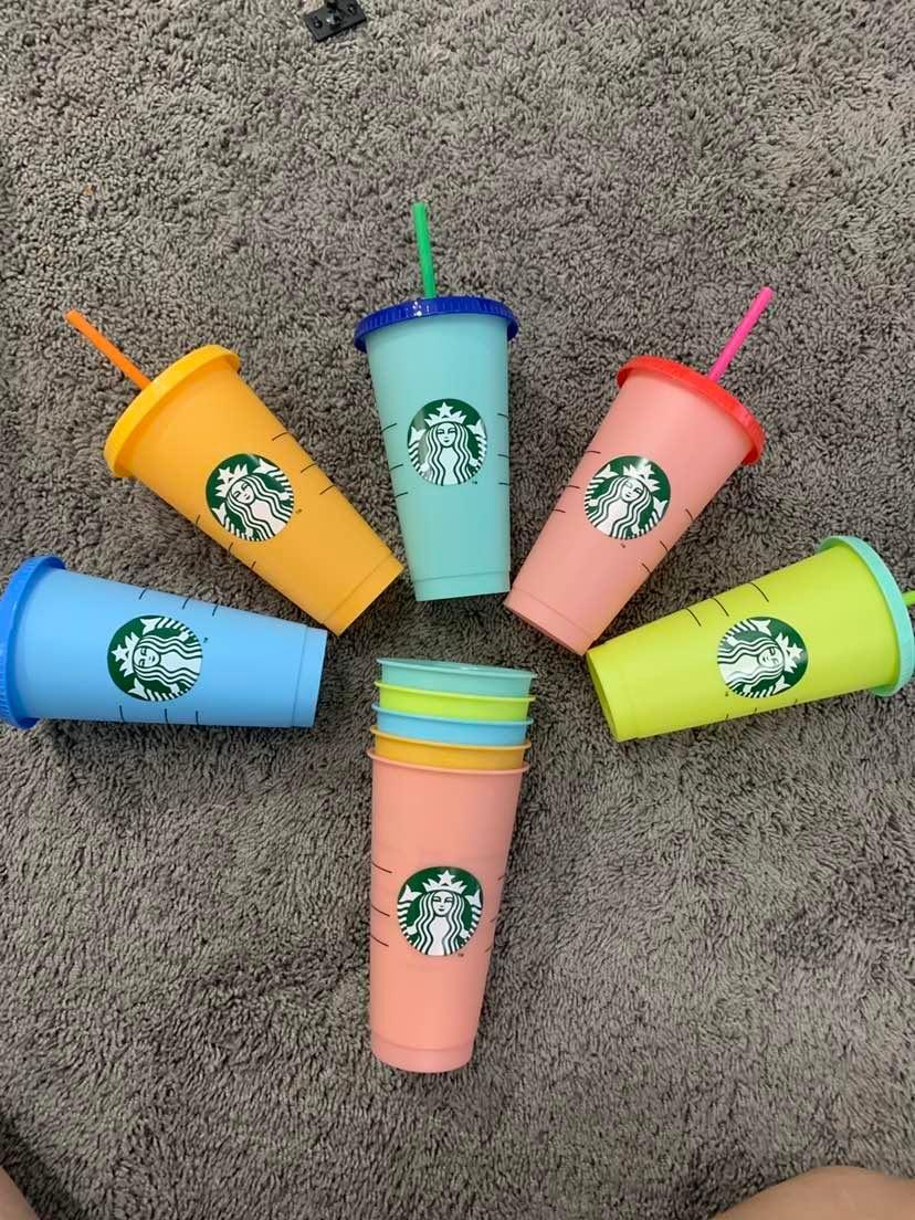 24 أوقية تغيير لون النحل البلاستيك شرب كأس عصير مع الشفاه و القش سحر القهوة القدح كوستوم ستاربكس اللون تغيير كوب بلاستيك (1 مجموعة = 5