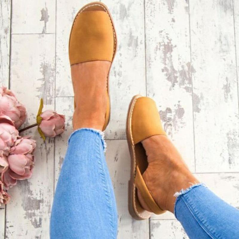 Classics Damen Sandalen weiche Unterseite Flache Sandalen 2019 Sommer-Schuh-Frauen-Blick-Zehe-Strand-Sandalen Mujer Flip Flops Plus Size Y200620
