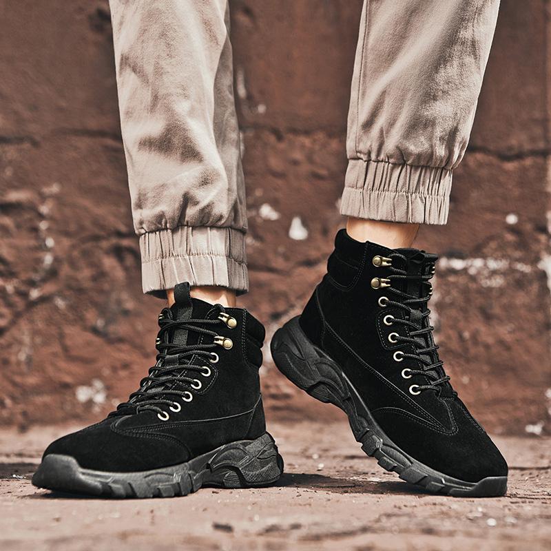 Homens Inverno Primavera de couro Tooling Botas Homens Sapatilhas Moda Jovem Casual Rua Calçado Homem Solteiro tornozelo Deserto Botas