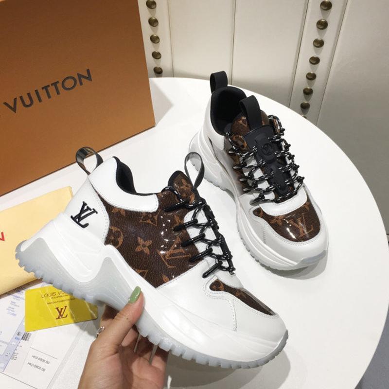 scarpe da donna di lusso del progettista di moda casual, scarpe outdoor casuali delle donne, materiale in pelle di alta qualità, la scatola originale 027