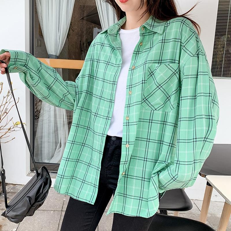 2020 otoño camisa de tela escocesa de longitud media larga de la manga de las mujeres flojas de adelgazamiento todo-fósforo de la camisa para las mujeres