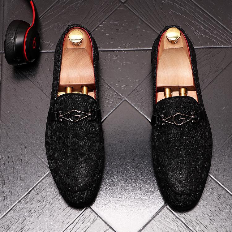 2021 Mais Novo Moda Blue Designer Homens Sapatos Clássicos Luxo Flat Walking Shoe Vestido Party Sapatos de Casamento
