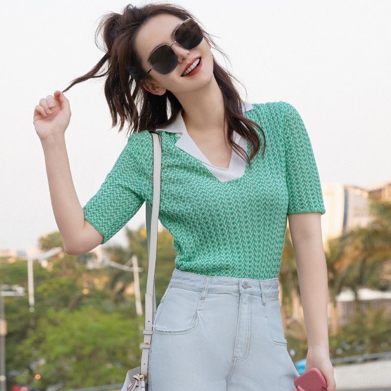 Qi Wei même style Tricots Les vêtements supérieur vêtements 2020 été T-shirt vert glace mince soie tricot polo col haut mince pour les femmes