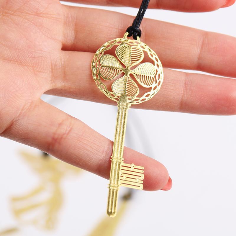 Yer İşareti Sevimli Kawaii Altın Metal Vintage Anahtar Tüy Melek Yer İmleri Kağıt Klip Kitap Korece Kırtasiye 1 ADET