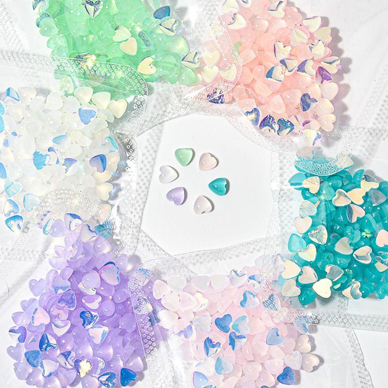 100 pezzi di cuore 3D a forma di chiodo di pietra dell'occhio di gatto Sticker Art incanta i Rhinestones Gioielli gemme Pietre della Decorazione Fai da te Diamond Heart