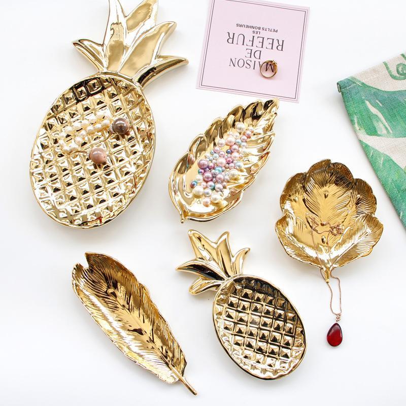 Ein modernes Ananas überzogene Keramik Schmuck Pallet Ohrringe Ring Dish Hauptdekoration Zubehör Tabletop Figurine Pflanze Ornament