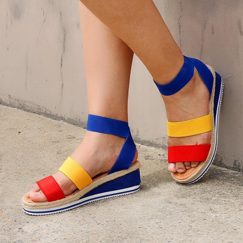 Femmes Chaussures Dames Hemp Casual Sandales d'été Sandales Sonver sur Bracelet Cross Cool Filles Croîchements Candy Couleur Plus Taille 2020 Open Pu