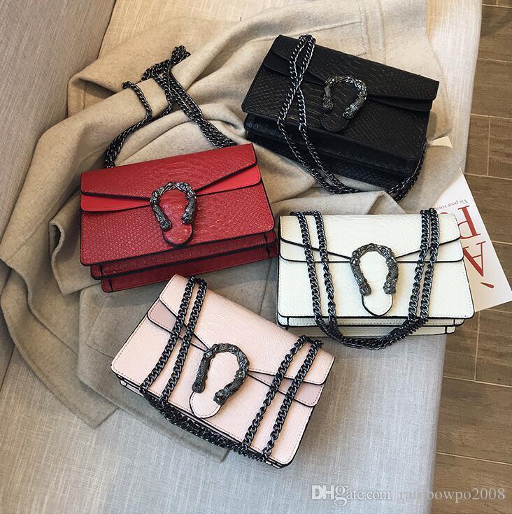 Factory wholesale women handbag street trend embossed leather chain bag foreign crocodile leather shoulder bag fashion women messenger bag