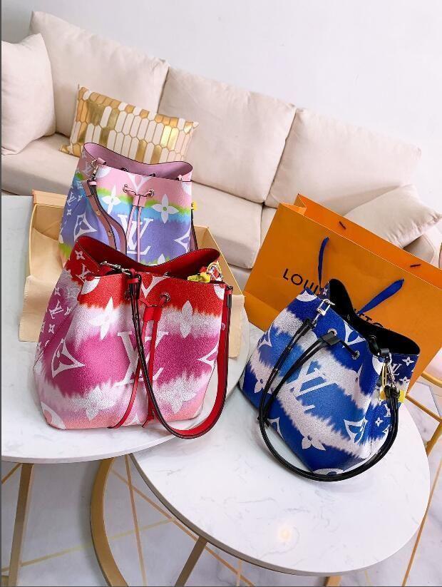 2020 nuevas señoras de la venta caliente del color cubo bolsa de mensajero bolsa de la cartera de la manera ocasional hembra silvestre bolso mochila