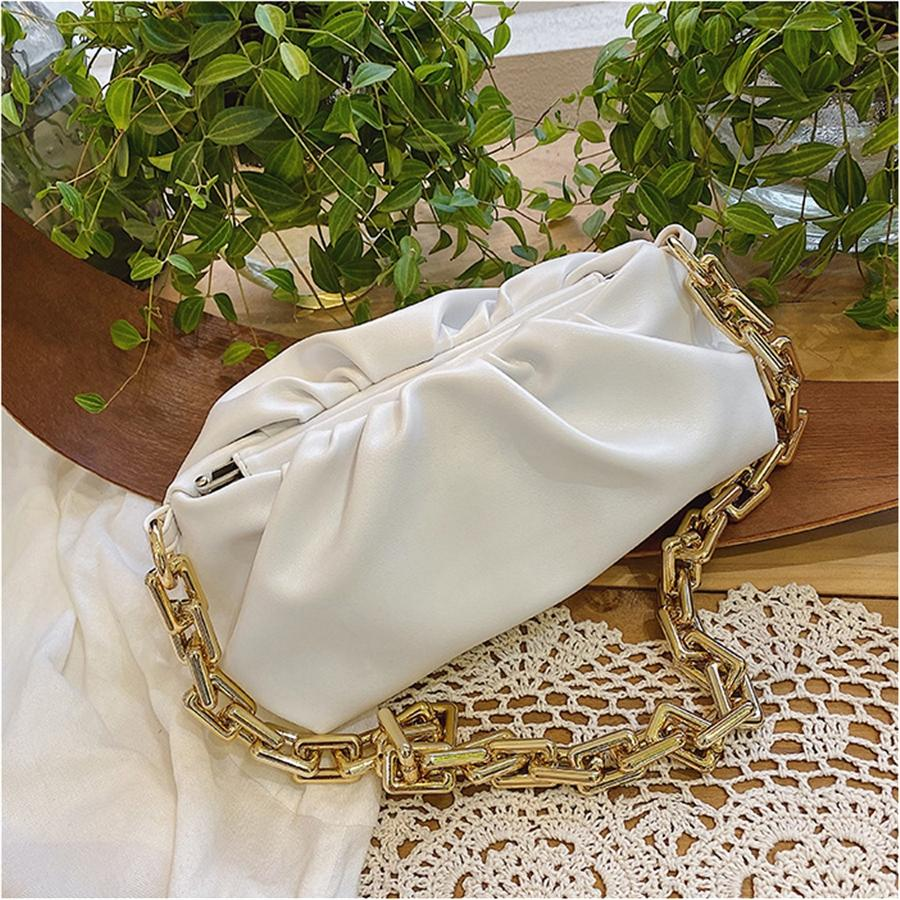 Scrub a tracolla in pelle Messenger Bags per le donne 2020 della catena di modo Rivet Blocco Borsello Femminile Viaggi Mini insacca il trasporto libero # 764