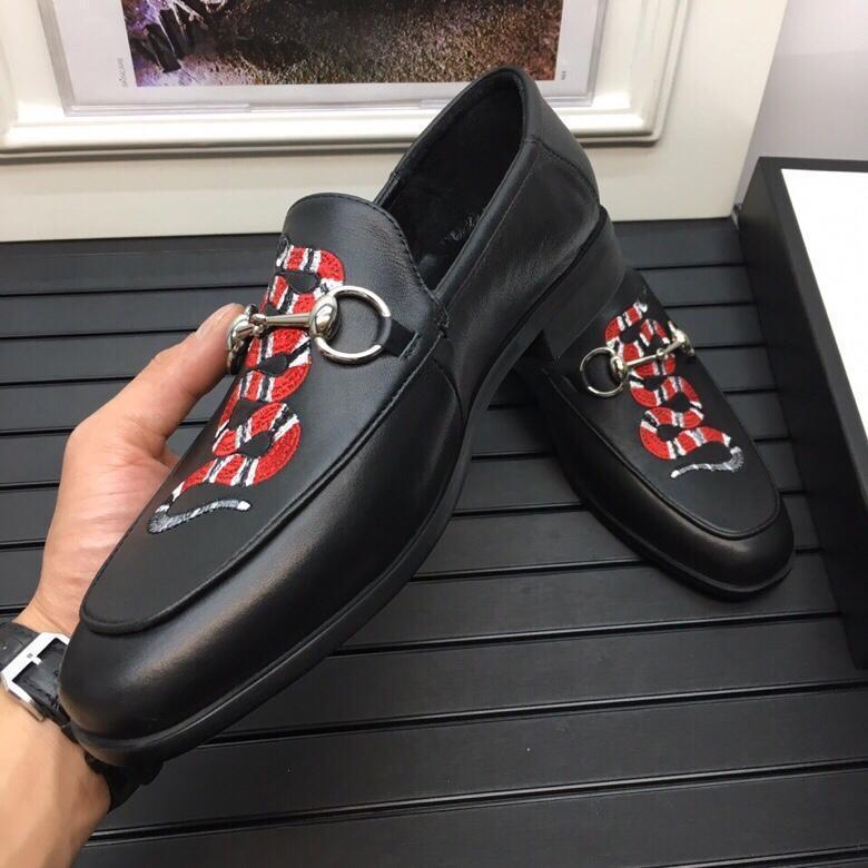 321g 2019 plataforma de la moda para hombre de Nueva llegadas zapatos planos ocasionales que caminan ocasionales de las zapatillas de deporte negras de cuero real