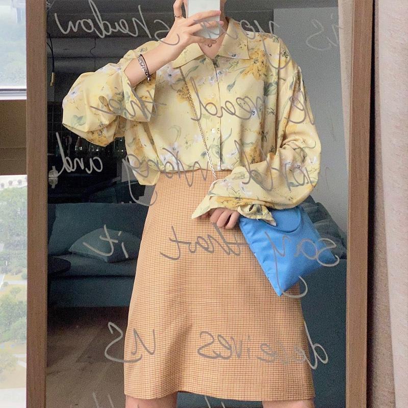 trQx0 2020 Internet Celebrity stessa camicia disegno femminile senso nicchia Hong Kong chiffon della stampa stile camicia a maniche lunghe in estate