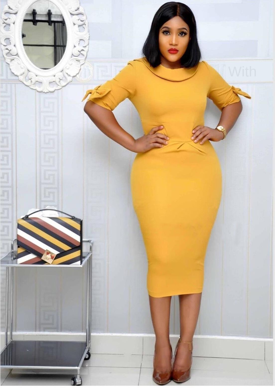 col à trois couleurs couture split v navettage grande taille col de poupée trois couleurs couture split v navettage grande robe de taille robe Doll S