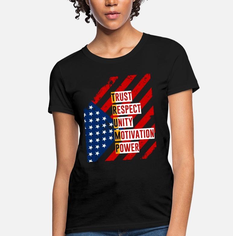 Rieleggere Trump per il presidente. Mantenere T-shirt in America grandi donne