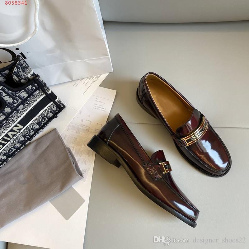neue internationale Marken peitschen Wohnungen Faulenzer Hardware-Loafer schwarz weiches Leder Loafer lässig weiche Schaffell-Plattformschuhe, 35-41