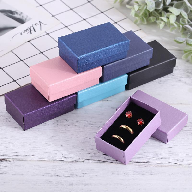 32pcs Ювелирные наборы Дисплей коробки Картонная ожерелье серьги кольцо Box 5 * 8 см Подарочная упаковка с Black губка может персонализированного MX200810