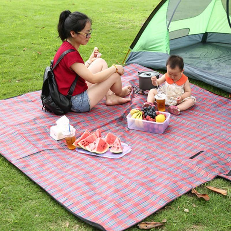 200x200cm Wasserdicht Folding Picknick-Matte Outdoor-Camping-Strand Feuchtigkeitsbeständig Decke Tragbare Camping Spiel-Matten Wandern Beach Pad