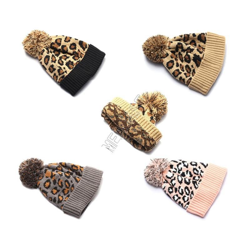 Leopard couleur d'hiver 2020 Chapeau chaud Beanies tricot Pon Balles Casquettes Toques unisexe Femmes Hommes adolescents Couvre-chef Cadeaux de Noël D92405