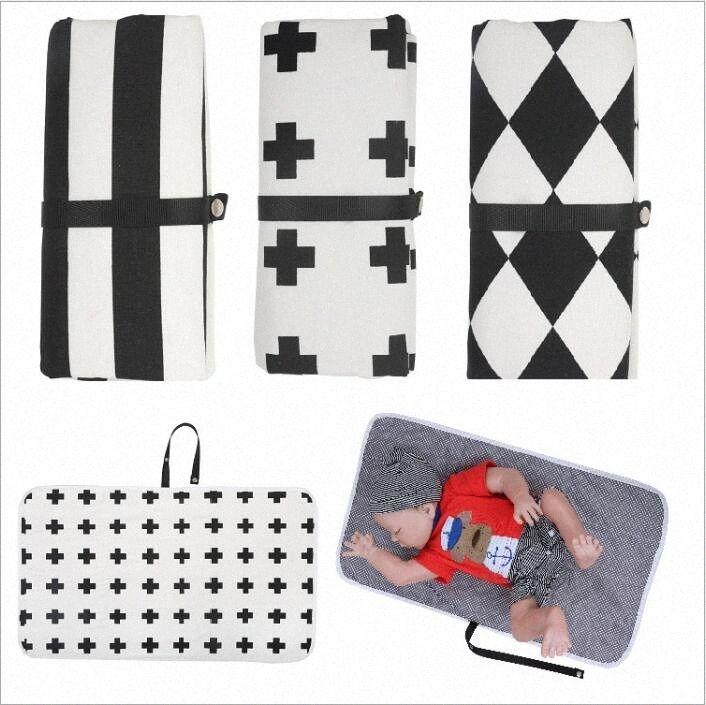Bebé Cambio de ratón Mats del pañal del panal cambio de alfombra plegable compacto de viaje Estación cambiante del embrague plegable bolso de la momia Carteras T7JE #