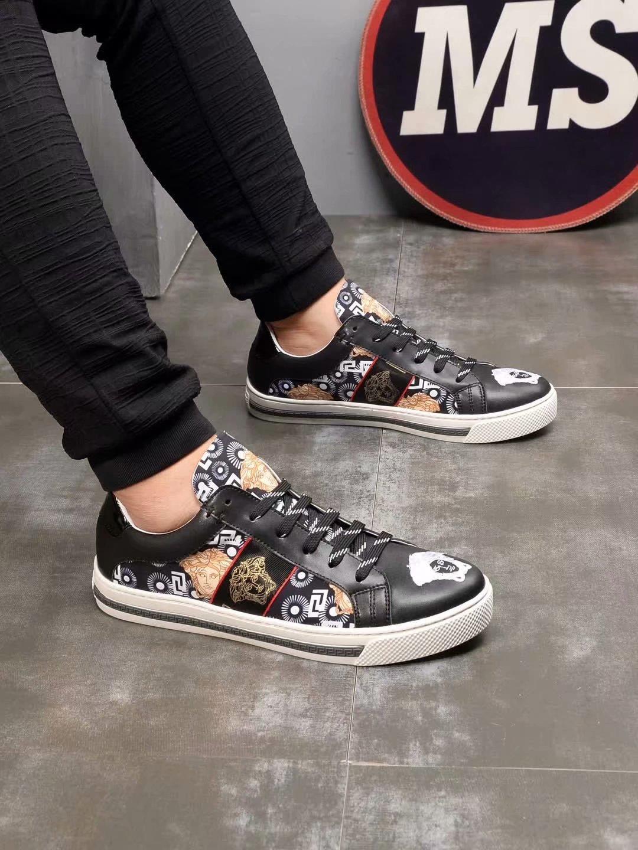 2021 -2019k Роскошные дизайнерские шипованных Шипы кроссовки Мужчины Женщины Повседневная обувь Black Party Lovers Стразы кожа Шипы Блеск Red Bottom
