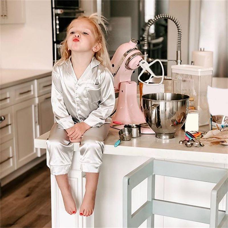 2020 New vêtements pour enfants Accueil Coton Soie Pyjama Vêtements pour enfants Ensemble deux pièces de mode couleur solide Pyjama