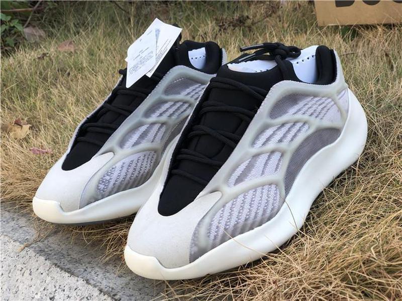 En Yeni Kanye West Originals 700 V3 Azael Ayakkabı Siyah Beyaz 3M Yansıtıcı Dalga Runner Erkekler Kadınlar Spor Sneakers EF9897 ile Kutu Running