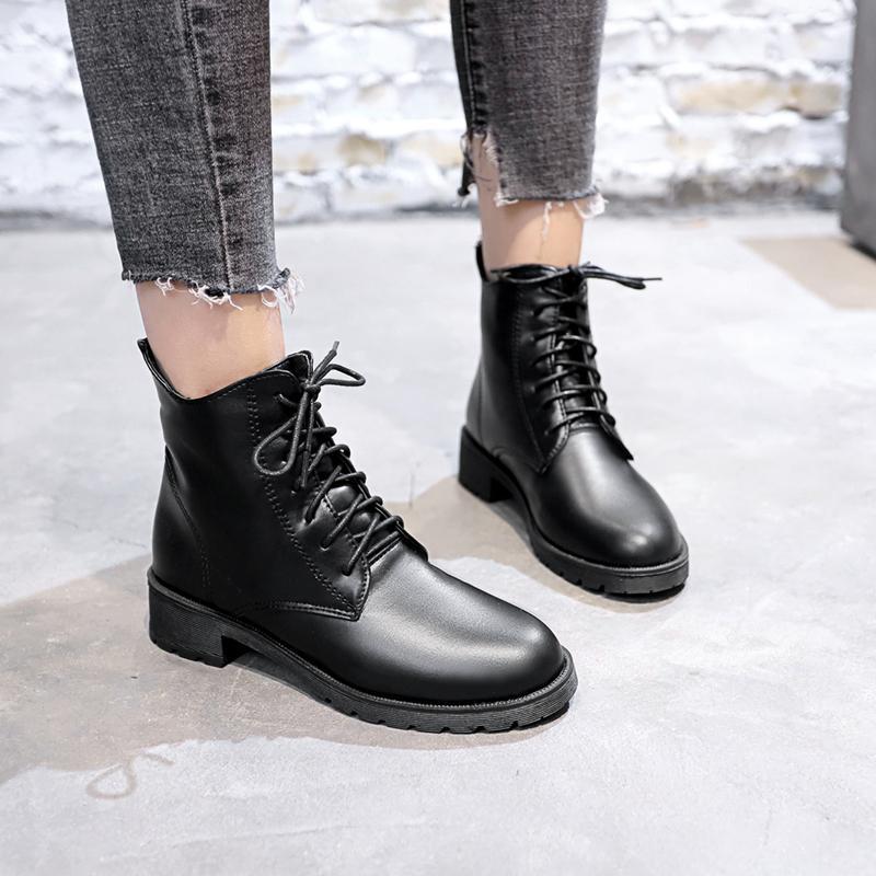 Siyah Katı Deri Çizme Lace Up Kadınlar Boots 2020 Yeni Sıcak Peluş Kış Artı boyutu Kare Düşük Topuklar Ayakkabı Kadın