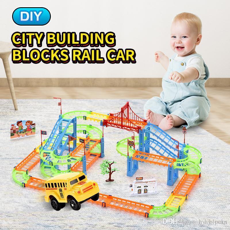 102pcs City Building Blocks Rall Car les enfants Diy Assemblée Construire Circulaire Jouets Imagination Inspire Conception Divers Forme Transport par rail 01