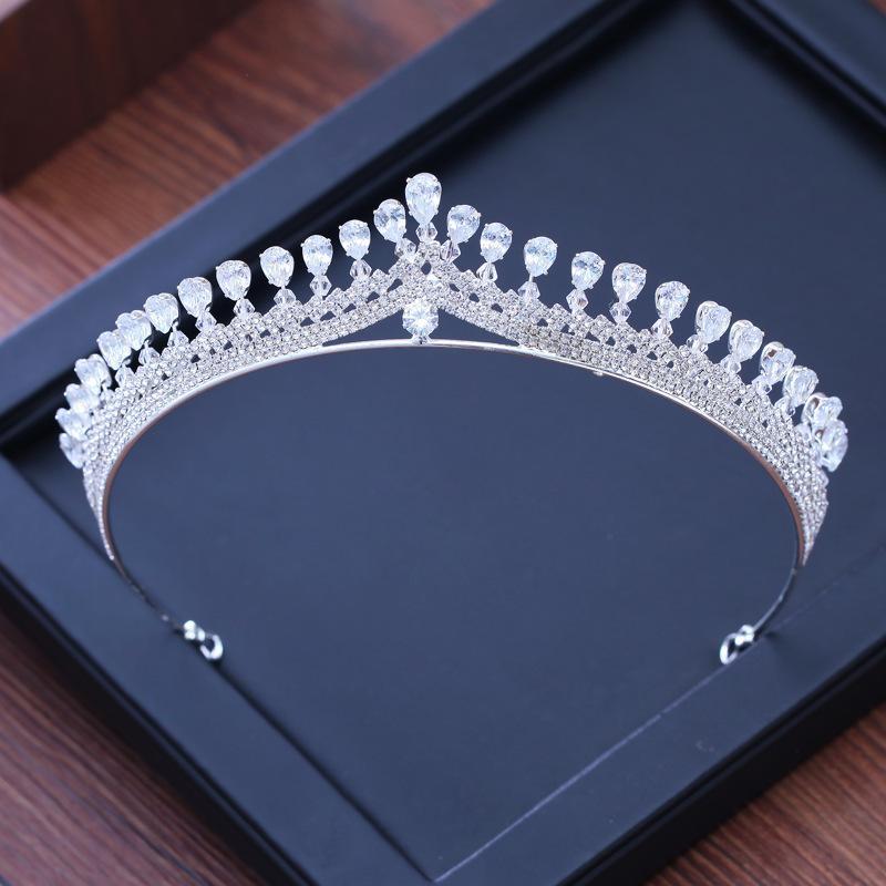 Luxo Cubic Zirconia Sparking Wedding Crown Tiaras Marquise-Cut Zircon CZ Rhinestone Prom Crown Coronet Crystal Hair Y200807 Jóias