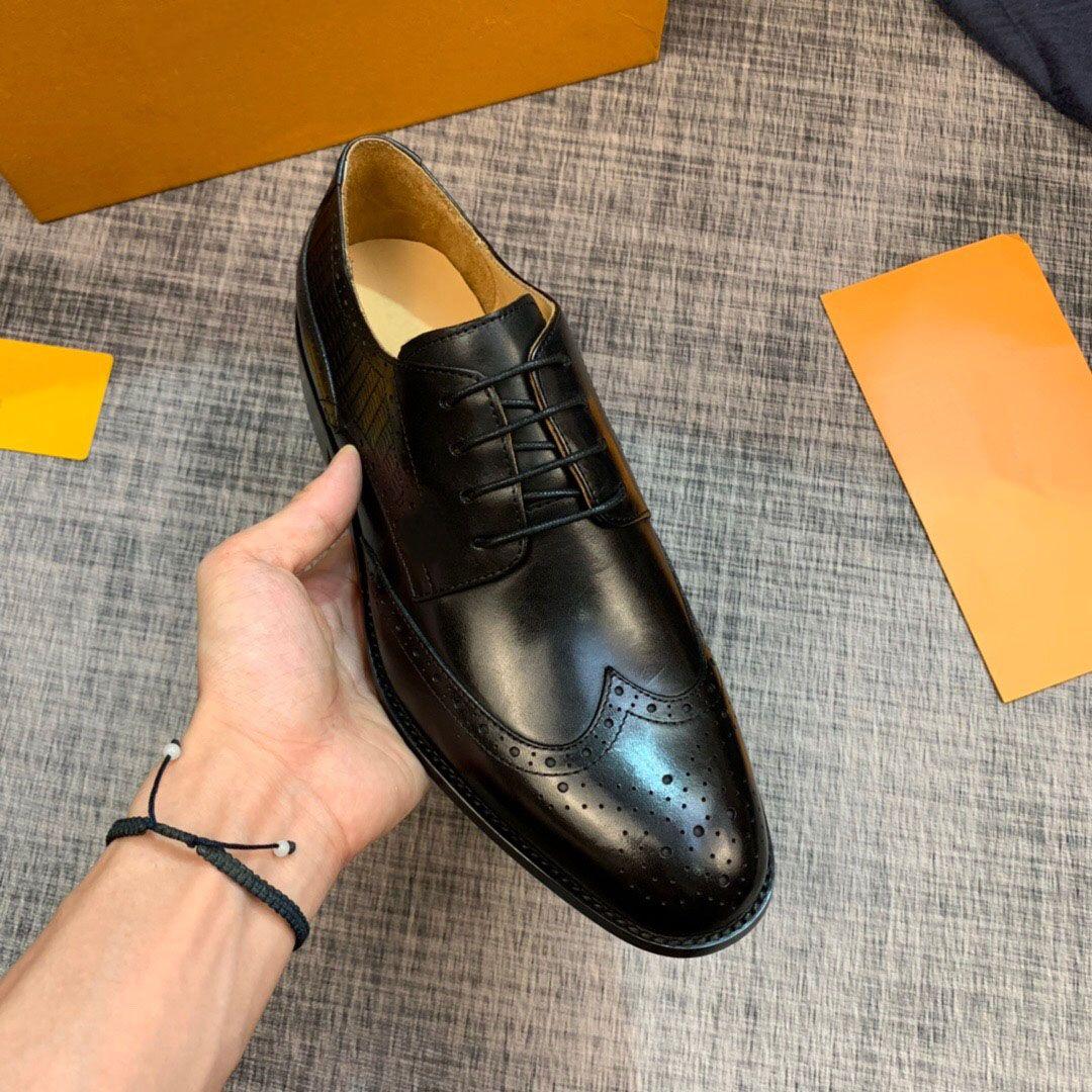 2020 Casual diseñador de moda de los holgazanes de los hombres de la marca de negocios de cuero genuino Zapatos de vestir para la boda del partido clásico tamaño al aire libre 38-44 Pisos