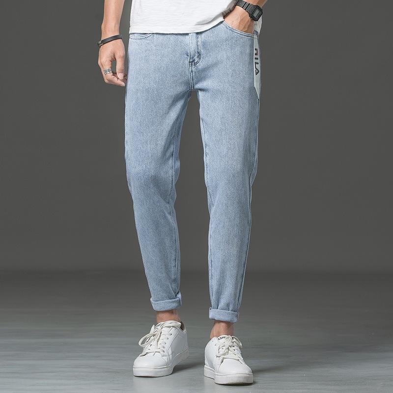3V190 Autunno nuovo tratto pantaloni stretti e jeans stile coreano leggings 9 punti degli uomini dei jeans degli uomini sottili