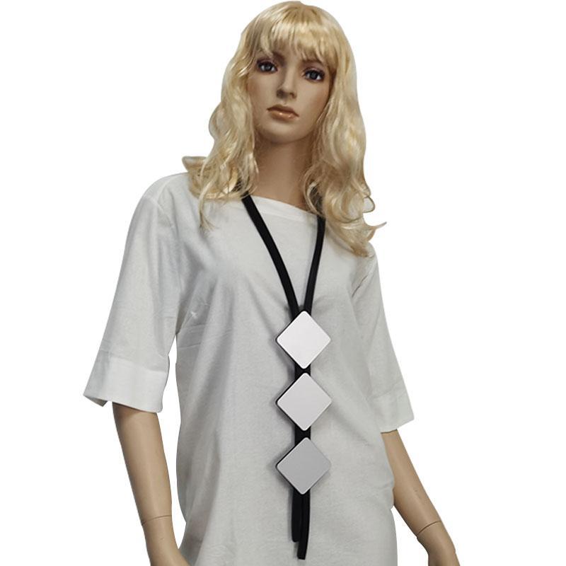 Joyería Collar de goma de gran tamaño Neckl as Negro Colgante mamás regalo diario Collares Arte encantos estilo punky atractivo del cuello de las mujeres Ne