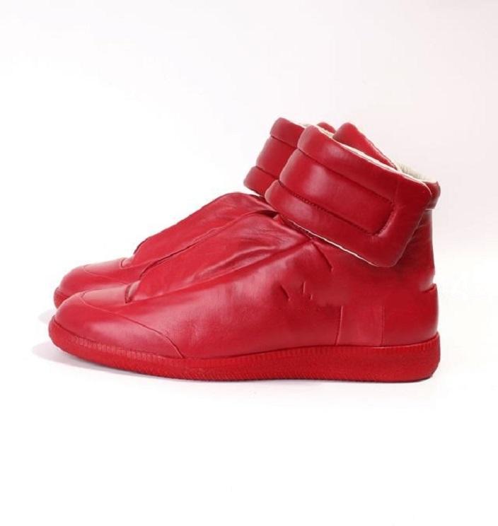 2020 NEW Preis Mens Frankreich Marken-Art-Stiefeletten High Top Winter-Fall Mans Short Boots beiläufige Ebene Schuhe Round Toe Schuhe