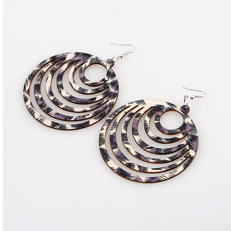 Joyería personalizada leopardo de impresión exagerada y joyería personalizada de impresión exagerada de madera leopardo hueco-hacia fuera redonda y los pendientes redondos