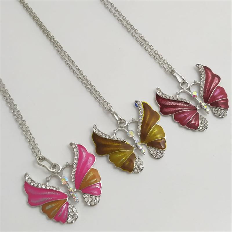 Bela strass longo colar de borboleta pingente camisola Colar Para Mulheres Pingente Suspensão Cor Prata Jóias