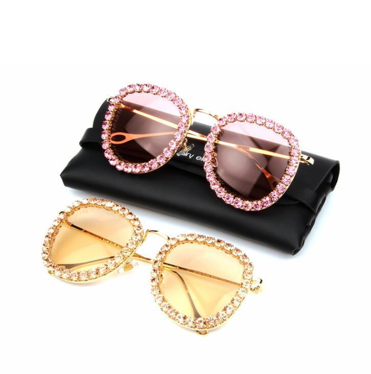 Pretection Ретро Squre Солнцезащитные очки Женщины Vintage солнцезащитные очки женщин прозрачные линзы Rhinestone очки мода лето Sunglass Для женщин