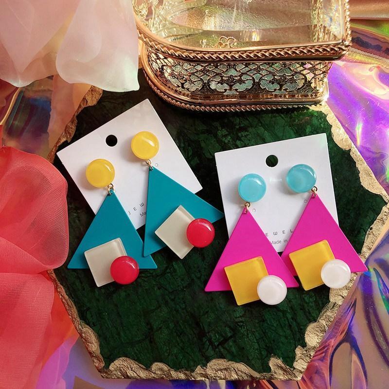 Fashion Design colorato geometrica metallo triangolo orecchini di goccia per le donne il partito di festa Boucle d'oreille regali gioielli