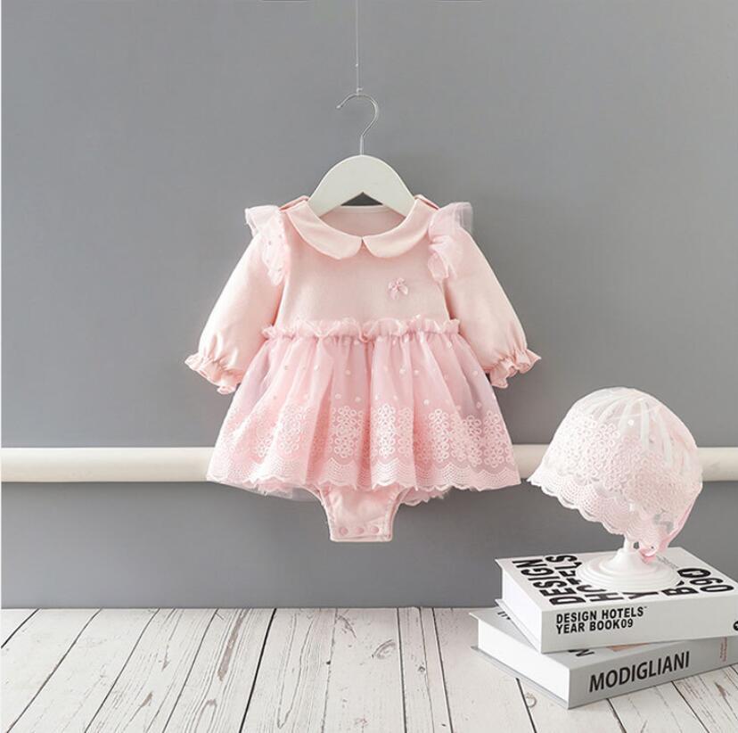 Yeni Geliş Bahar Pembe Uzun Kollu O-boyun Dantel Tasarım Romper + Şapka bebek yeni doğan tulum tırmanma Bebek Çocuk Giyim Güz 0-2T