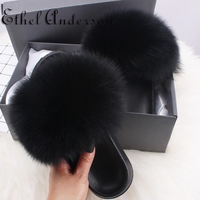 Luxus-Frauen-Pelz-Slides Hot Summer wirklichen Fox-Pelz-Hausschuhe Sweet Sweet Fuzzy Pluche Schuhe Top-Qualität-Sandelholz-Frauen-Pelz-Slides