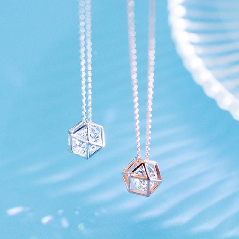 delicate cz charm S925 silver necklace female Korean single diamond hollow skeleton necklace hollow polygon geometry clavicle chain necklace