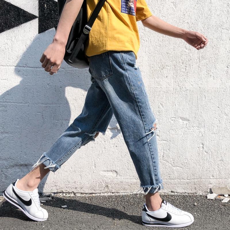 Hong Kong ragazzo 2019 primavera e l'estate coreana e lo stile chic di jeans dalla montatura sottile sciolti direttamente gli uomini alla moda di jeans potati