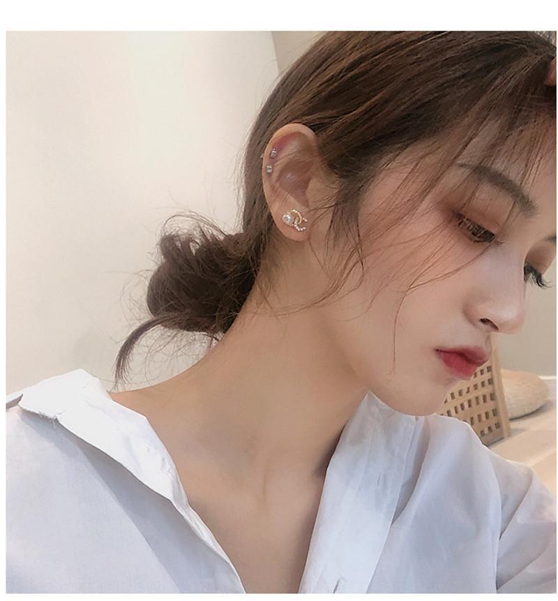 Perle gracieuse des femmes élégantes et légères boucles d'oreilles simples boucles d'oreilles perle tout-match