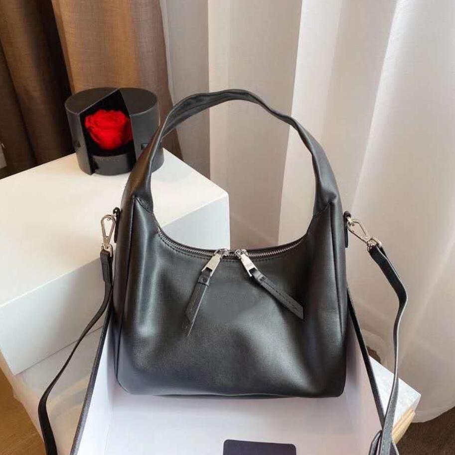 حقيبة المرأة الإبط حقيبة جلدية عالية الجودة سيدة حقائب اليد الأزياء حقيبة التسوق الكتف لمستحضرات تجميل