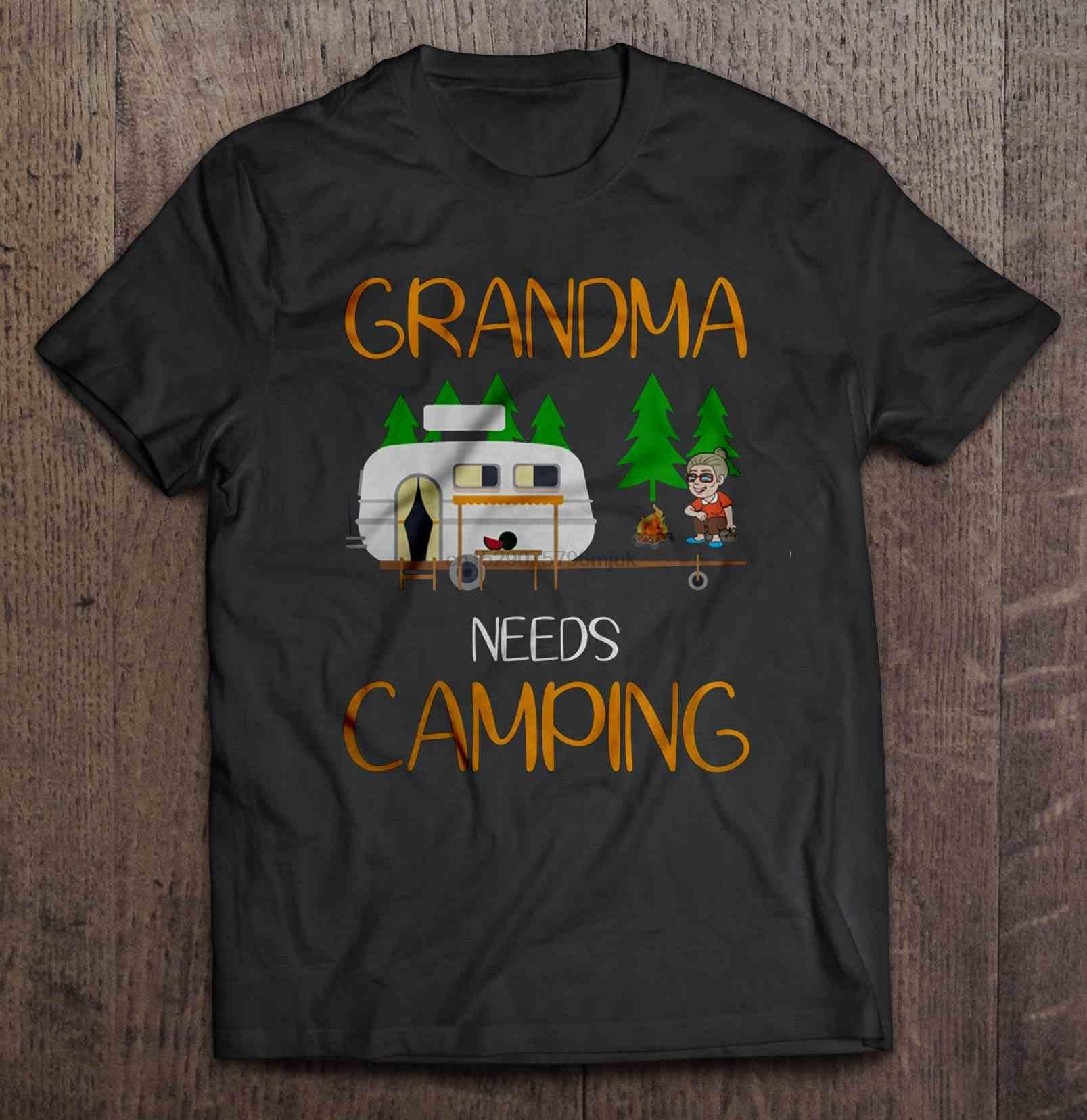Gli uomini della maglietta nonna ha bisogno di Campeggio Le donne t-shirt