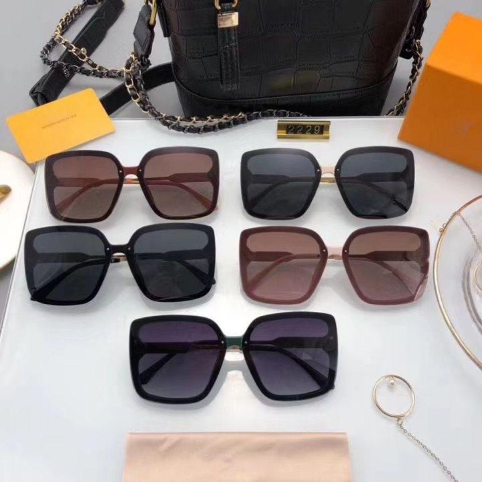 Mujer Marca Marco y Calidad para Hombres grandes polarizados Top Wholes2020 Gafas Square Lujo Outdoor Gafas de sol Diseñador Nueva Moda Sungl C Cggu
