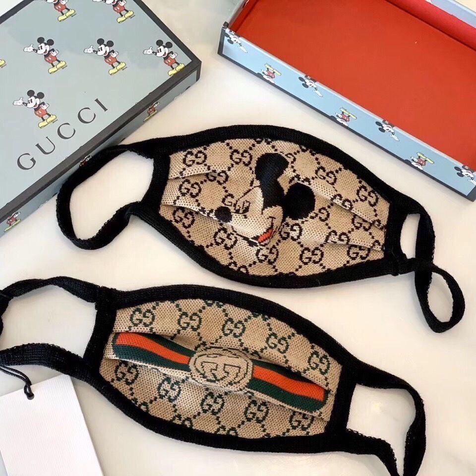 Máscaras de luxo Letter Moda Rosto Imprimir respirável Unisex reutilizável lavável Ciclismo Outdoor Máscara Designer para Mulheres Meninas
